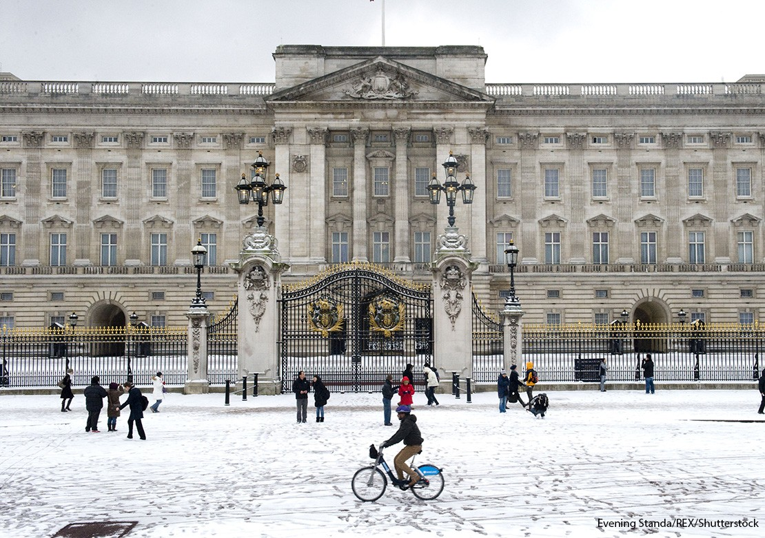Buckingham Palace in the snow