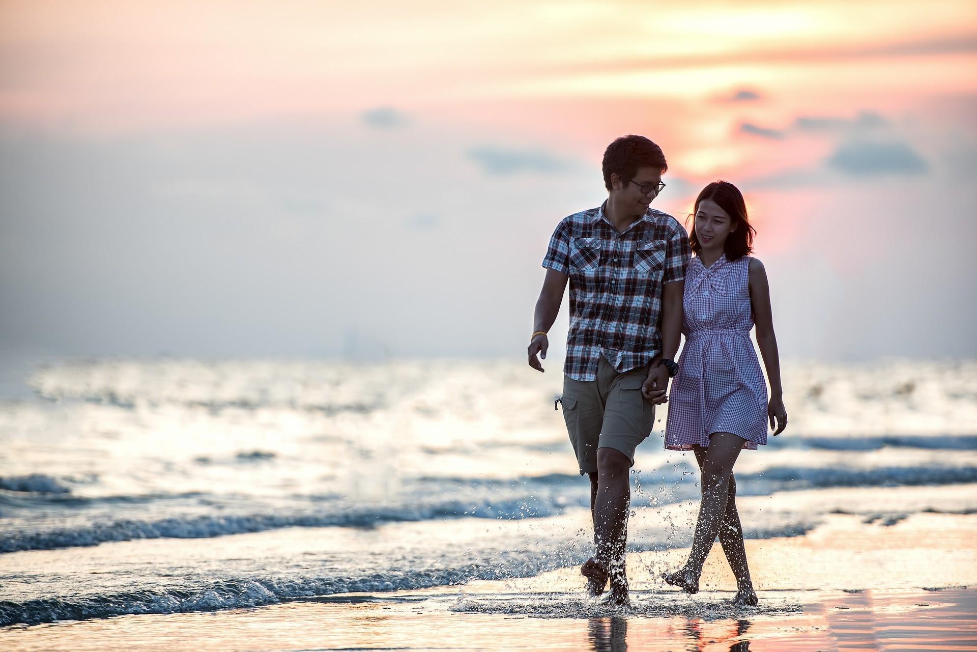 5 ideas for a romantic, budget-friendly British date | VisitBritain