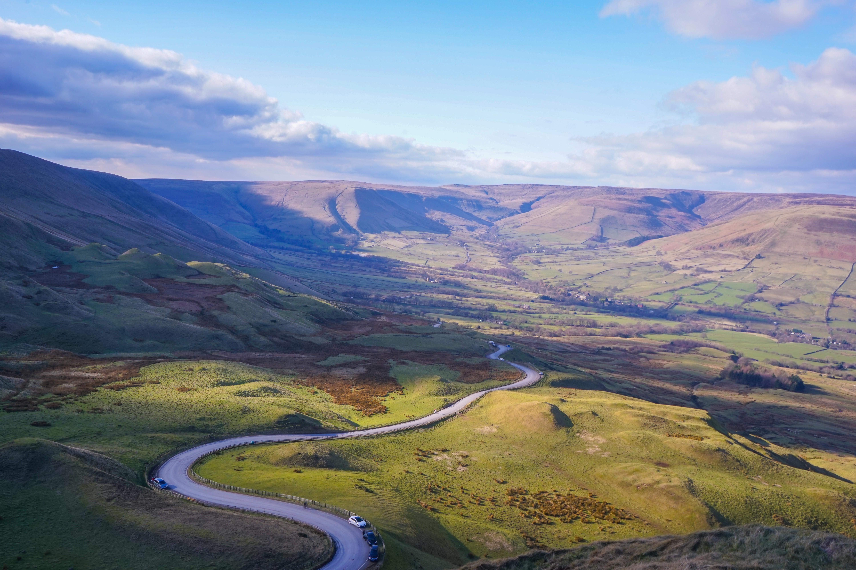 Tour England by train: Peak District day trip   VisitBritain