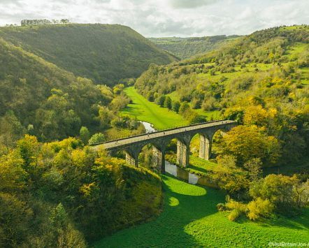 Vue de Monsal Head, Peak District, Derbyshire, Angleterre.