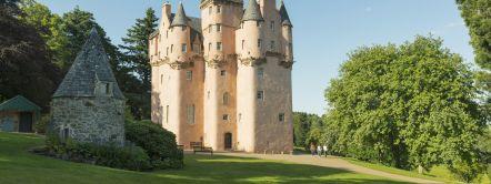 craigievar castle visitscotland kenny lam