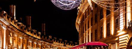 Christmas lights above traffic on Regent Street, London, England. Credit to VisitBritain/ Leyla Cobián