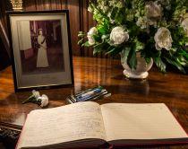 Почему день рождения королевы празднуется в июне, если Елизавета II родилась в апреле?