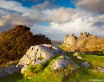 Harlech castle was founded in the 13th century and stands on a hilltop. It is a UNESCO world heritage site and a sandstone construction.