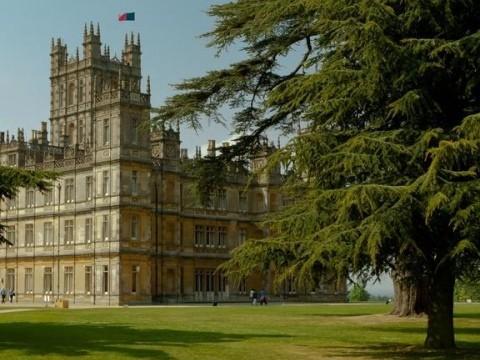 Highclere castle visitbritain - Bureau de change crawley ...
