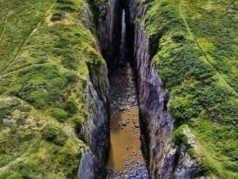 Huntsman's Leap (about 500m west of St Govan's Chapel)
