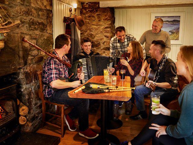 How to celebrate Burns night like the Scottish do