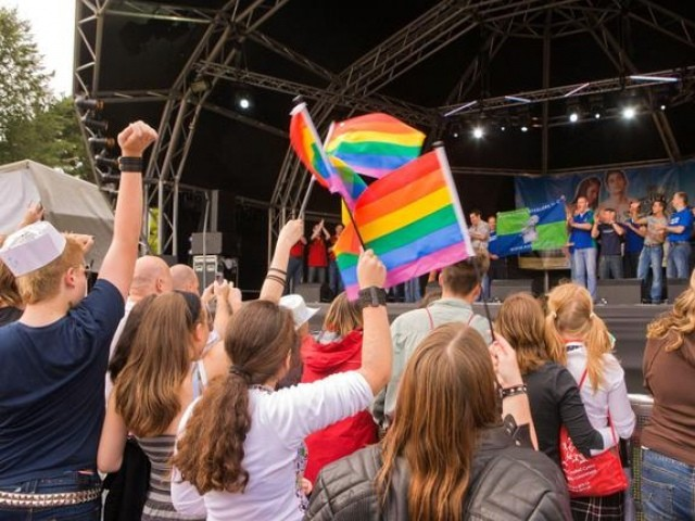 gay public cardiff desires