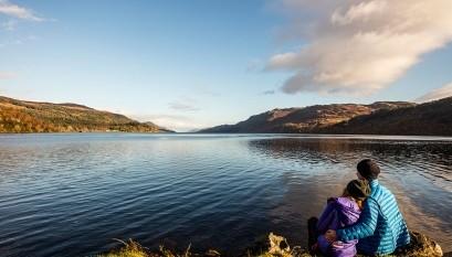 Aan de oevers van Loch Ness bijvoorbeeld.