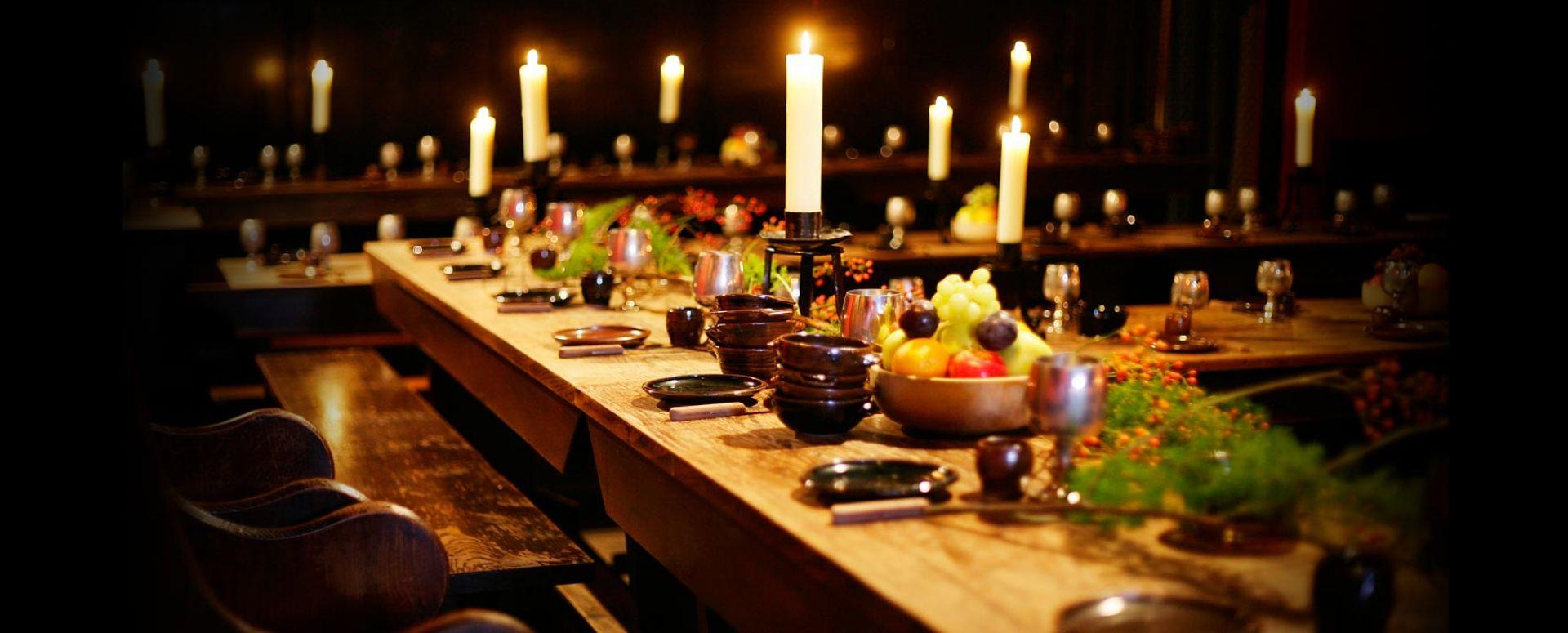 Omgb Medieval Banquets Visitbritain