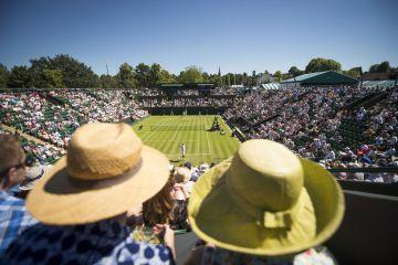 Crowds watching Wimbledon