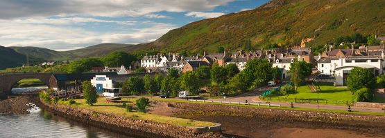 Go on a road trip in great britain