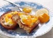 Paddington's guide to making marmalade the British way