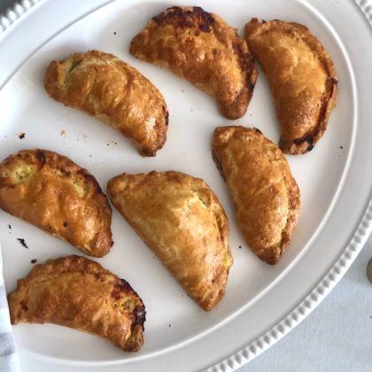 Cornish pasties on a platter, credit to Lisa Grellmann
