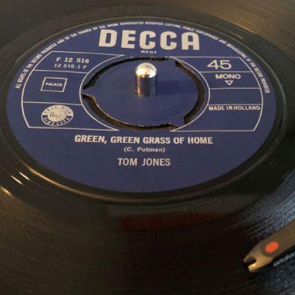 Tom Jones - Green Green Grass Of Home 45 Single