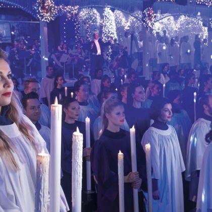 Christmas Carol singers in Norfolk