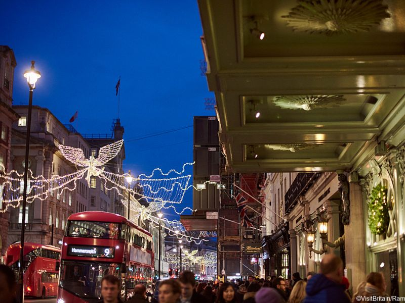 Piccadilly Christmas lights