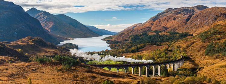 Tour Britain by train