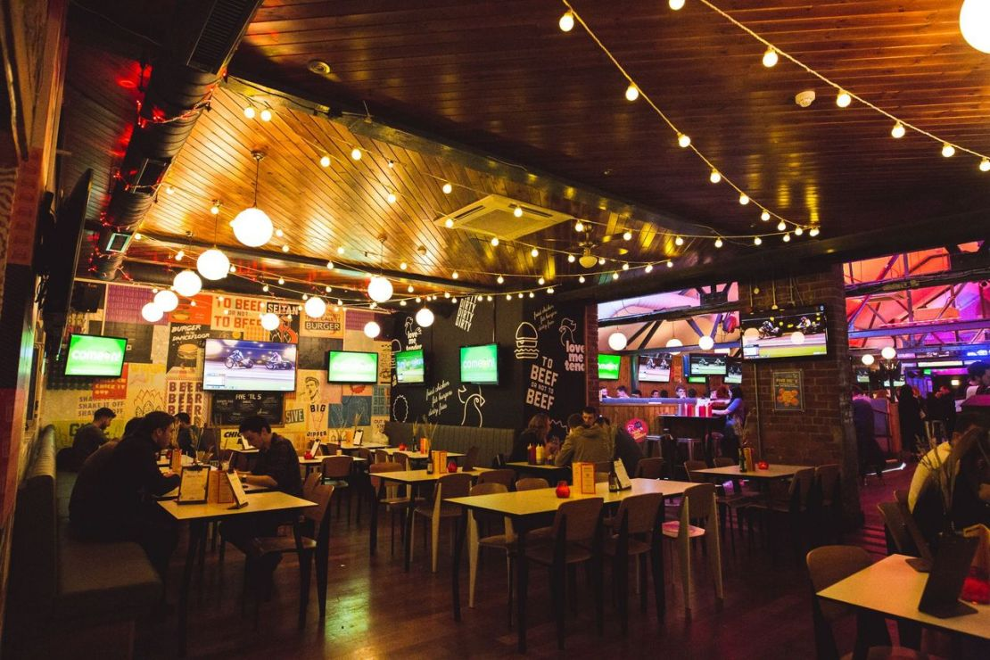 Bustling sports bar in Sheffield, Common Room by True North Brew