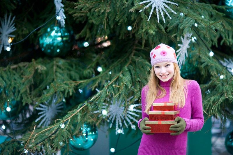 with the holiday season quickly approaching weve all got gift giving on the mind why not skip the crowded shopping malls and buy your loved ones - Why Christmas Is The Best Holiday