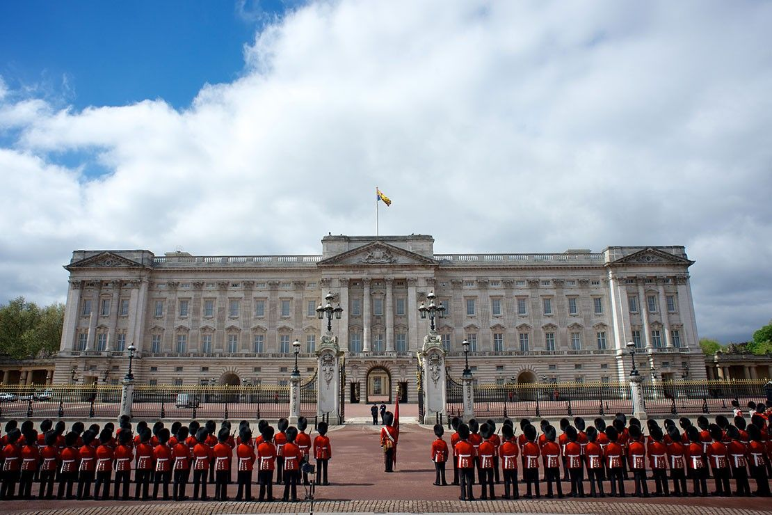 букингемский дворец в лондоне фото всегда