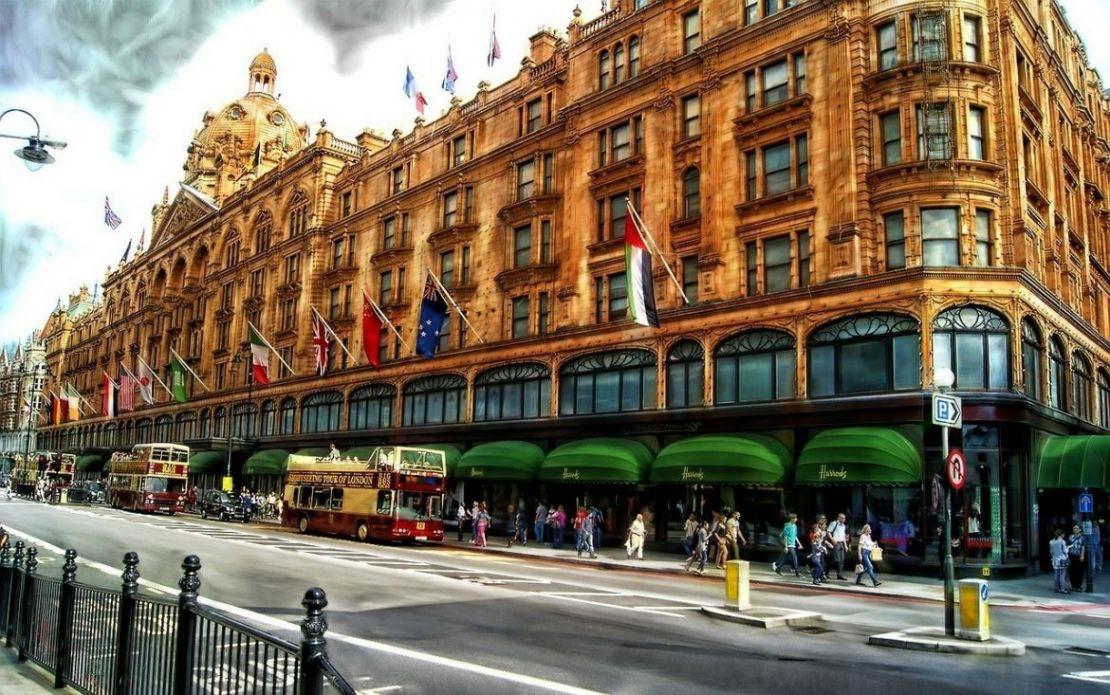 b316b9740384 London. Englands huvudstad är utan tvekan en av de bästa platserna i  världen för shopping! Legendariska shoppingområden som Oxford Street, Bond  Street, ...