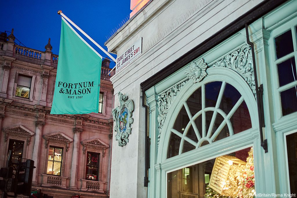 Fortnum & Mason flags, Piccadilly