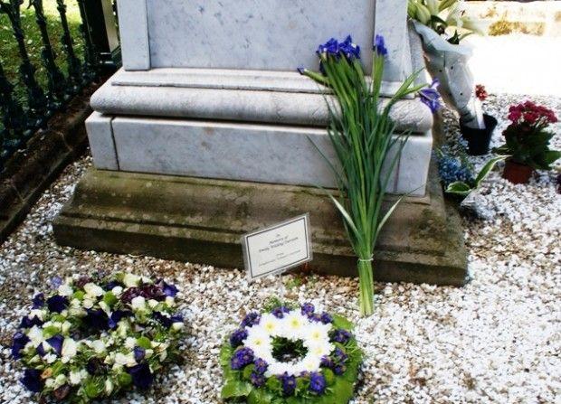 Emily Wilding Davison grave Morpeth - photo by Zoë Dawes