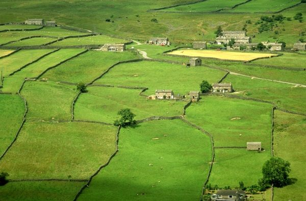 Yorkshire Dales 9 600