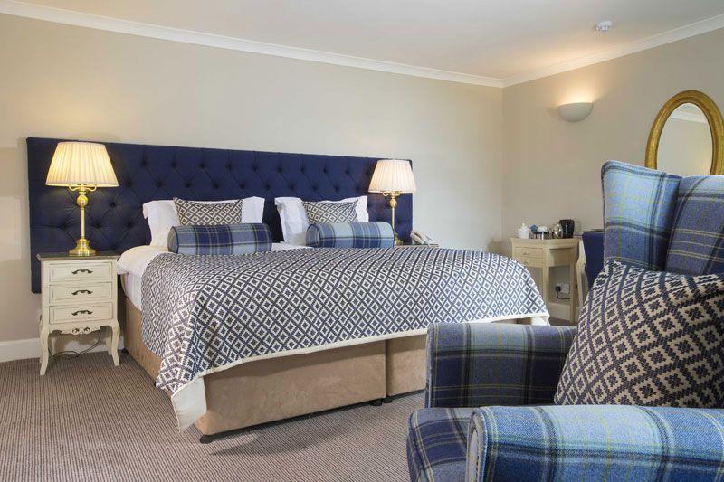 Kinloch Lodge bedroom