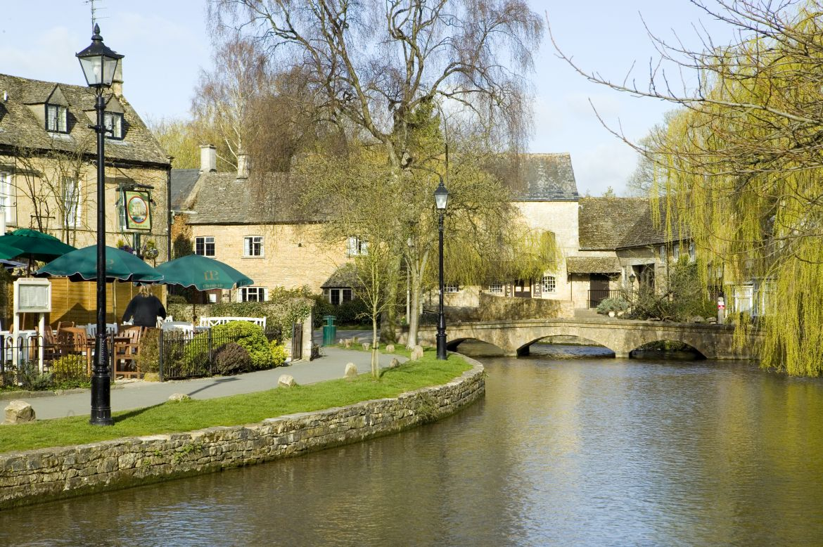 Cotswold village, Bourton on the Water