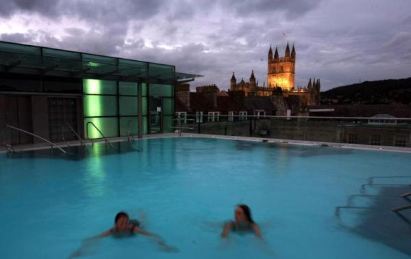 Thermae Bath Spa Rooftop Pool - Photo by Matt Cardy