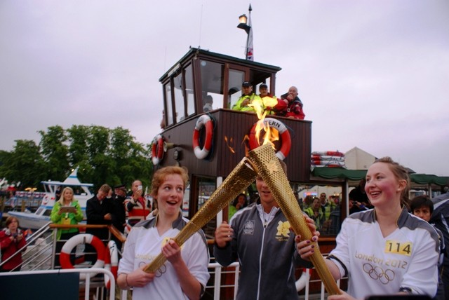 Olympic Torch Kiss - Bowness