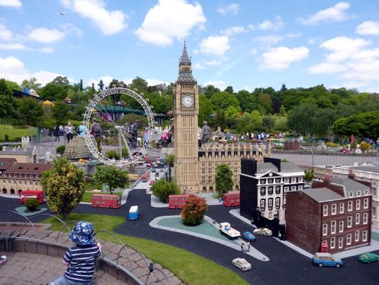 LEGOLAND Windsor Theme Park and Hotel | VisitBritain