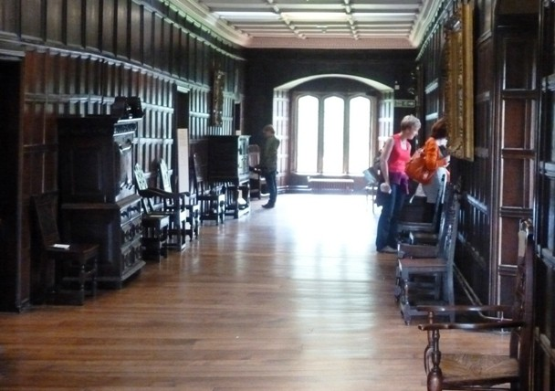 Towneley Hall gallery, Burnley - photo by Zoe Dawes