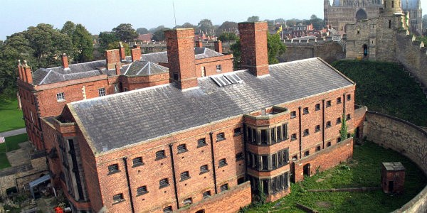 Lincoln Castle Prisons © VisitLondon