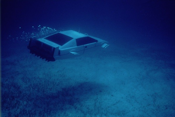 Bond's underwater Lotus Esprit