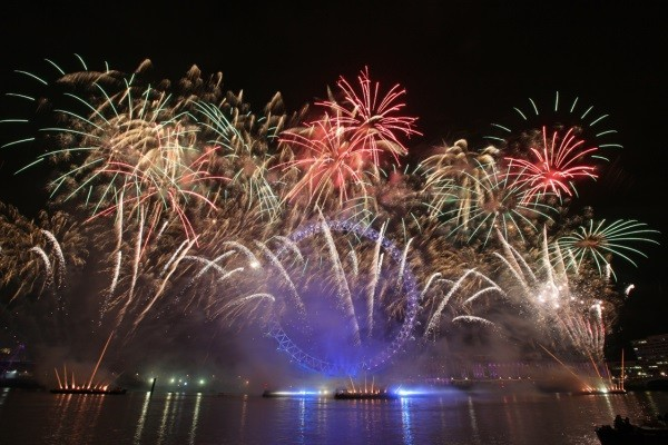 London's New Year's Eve fireworks display 2013-14