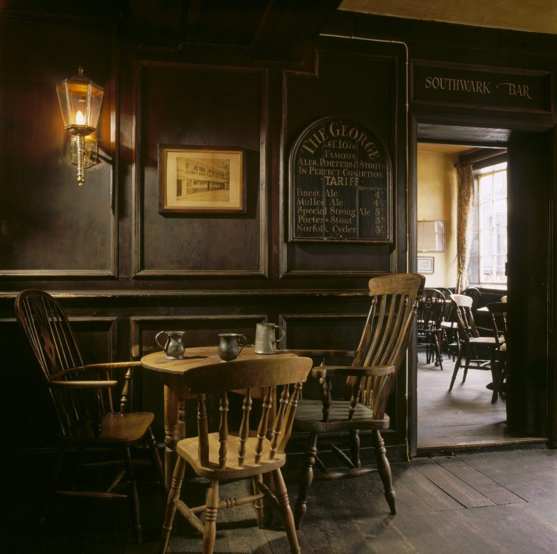 Stay like shakespeare 5 incredible inns visitbritain for Local home interior designers